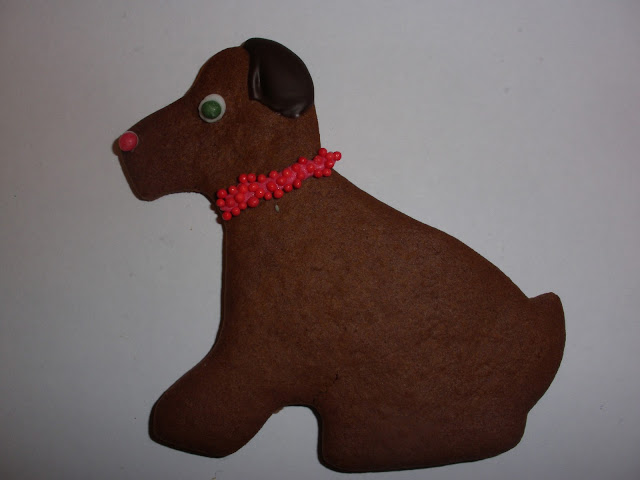 GALLETA DE CHOCOLATE CON FORMA DE PERRO