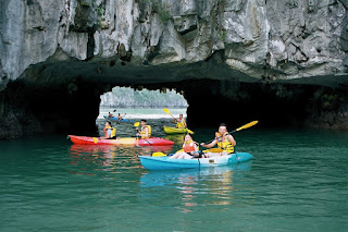 5 cave should arrive in Halong Bay 3
