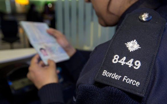 Bagaimana Cara Agar Petugas Imigrasi Tidak Banyak Pertanyaan Saat Pemeriksaan Paspor Khusus Traveler Pemula