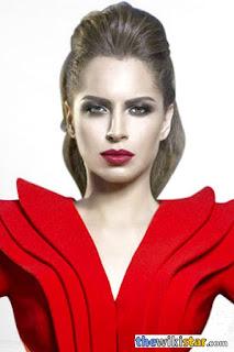 آمال ماهر (Amal Maher)، مغنية مصرية