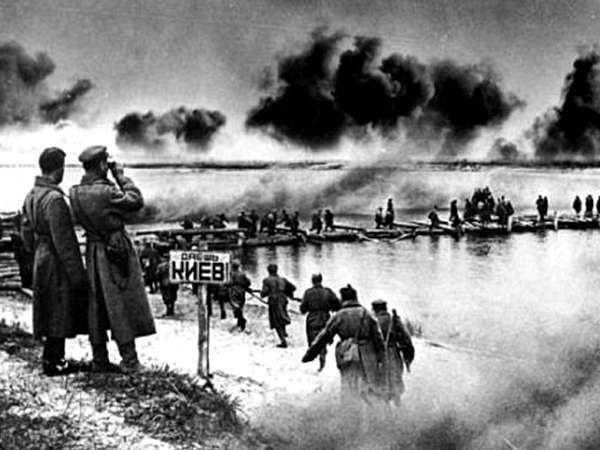 Битва за Київ (постановочне фото)