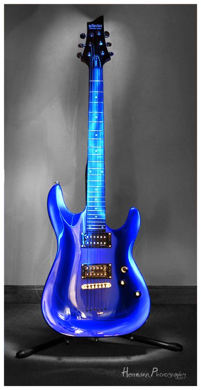 herrmann photography blog 17 365 blue guitar light painting. Black Bedroom Furniture Sets. Home Design Ideas