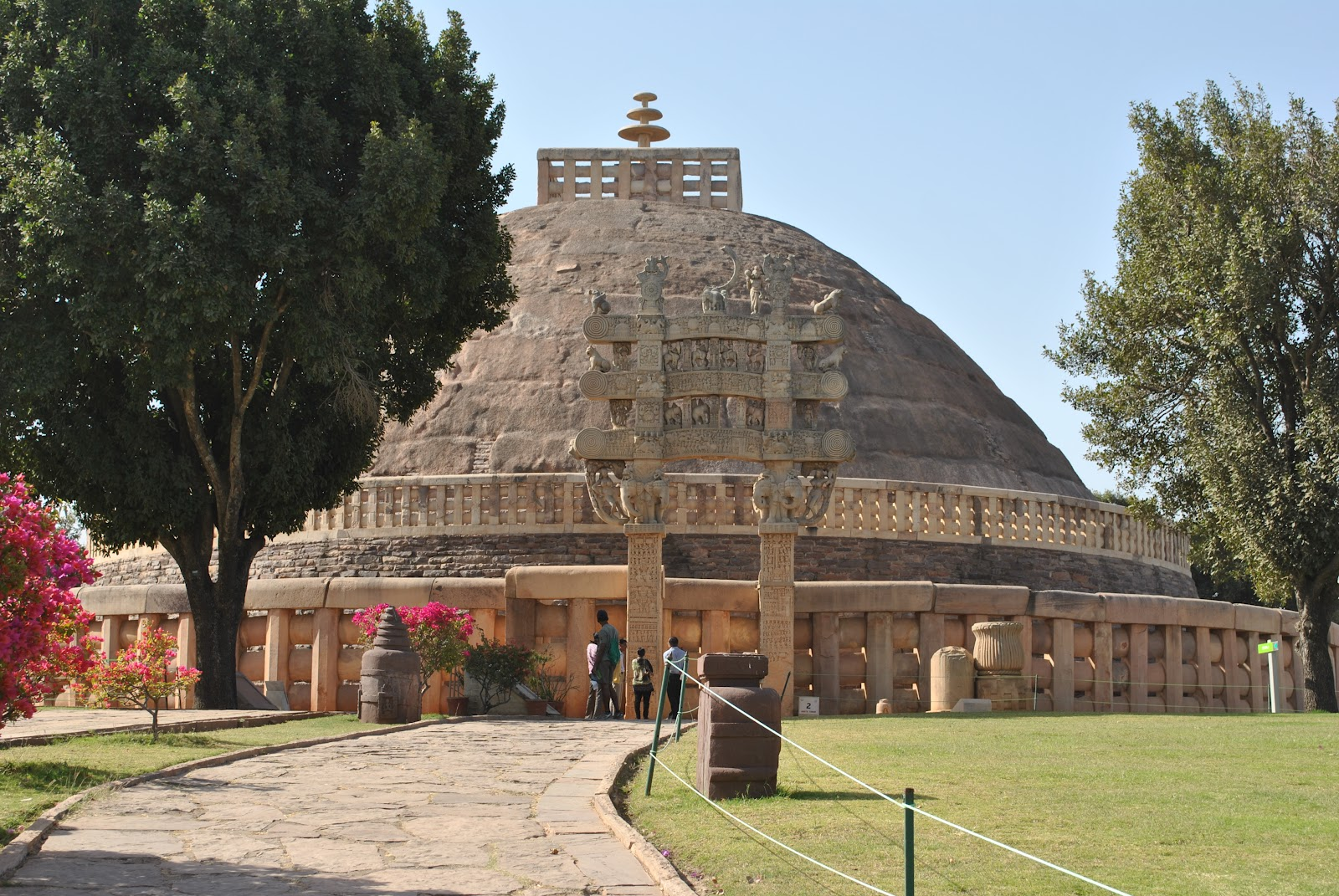 Just What were u thinking...: Sanchi Stupas - Buddhism's ...