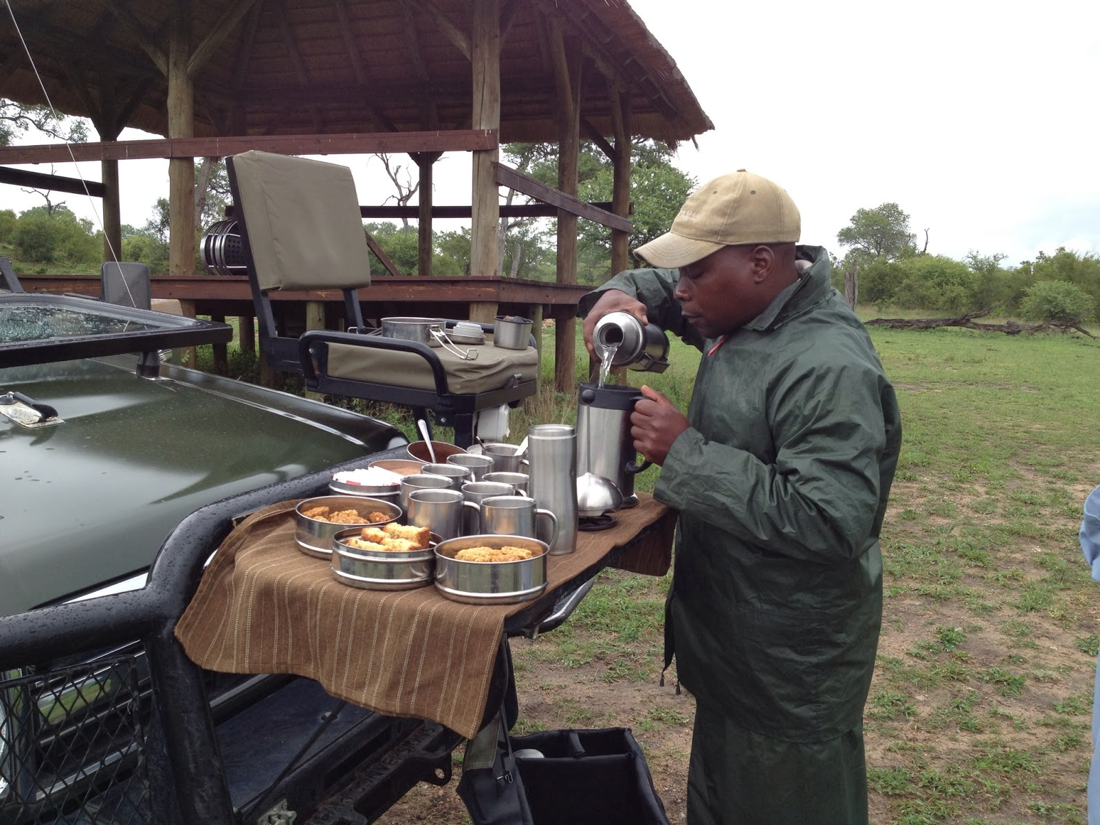 Sabi Sands - Service serving coffee and tea during our morning game drive