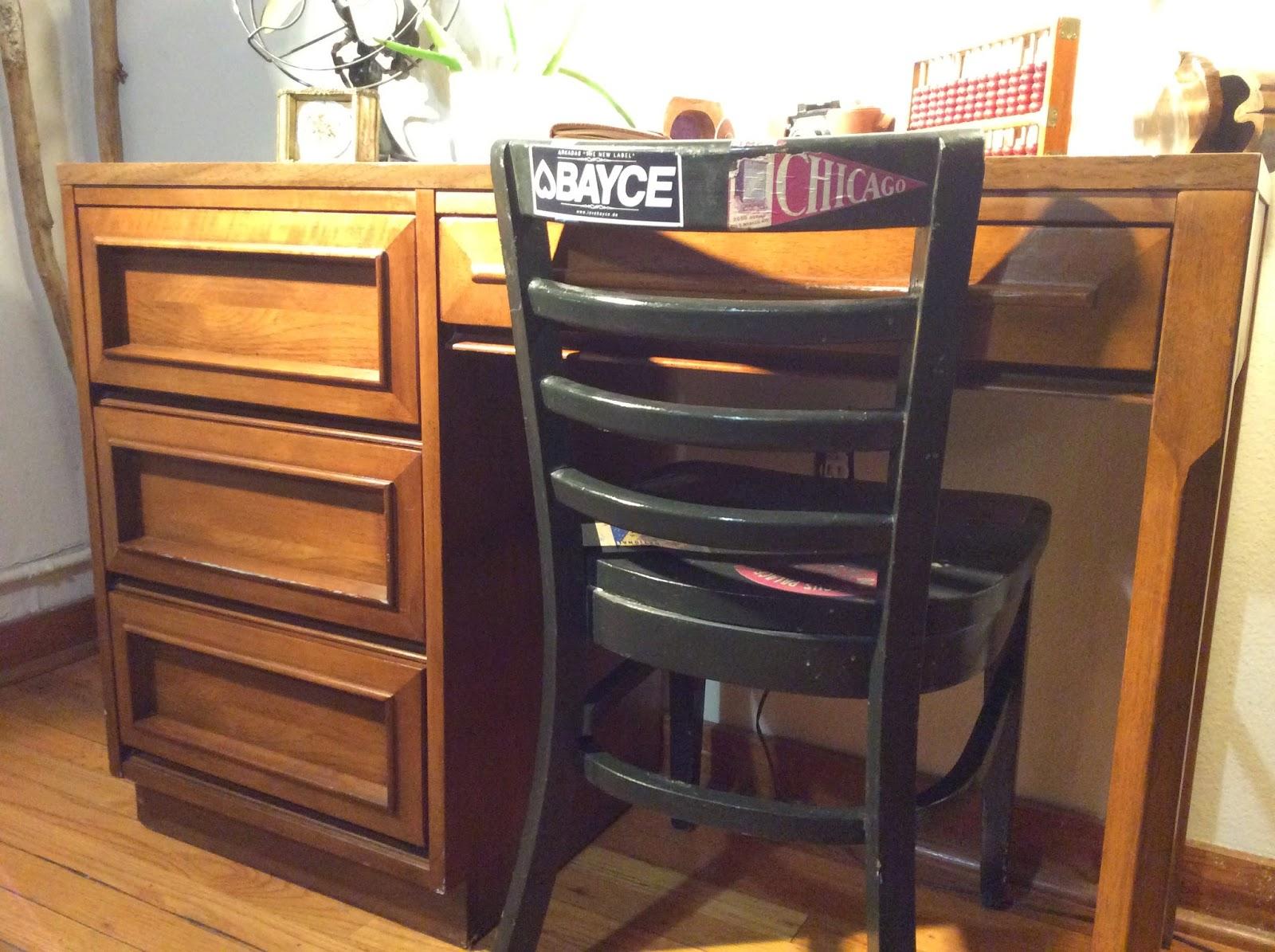 Grand Rapids Bentarm Slatted Morris Chair | California ...  |Morris California Furniture