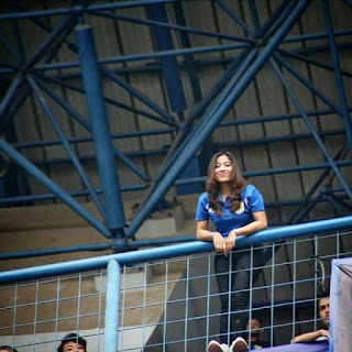 52 Foto Bobotoh Cantik Di Stadion GBLA, Sijalak Harupat Bandung dan Away