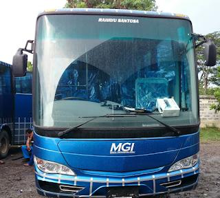 Bus MGI Bandung Bogor