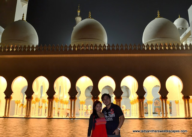 Lady and Ed at Sheikh Zayed Grand Mosque