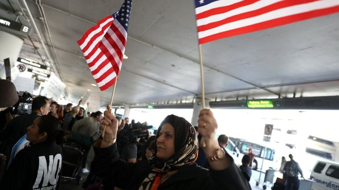 Trump travel ban: Hawaii files first legal challenge