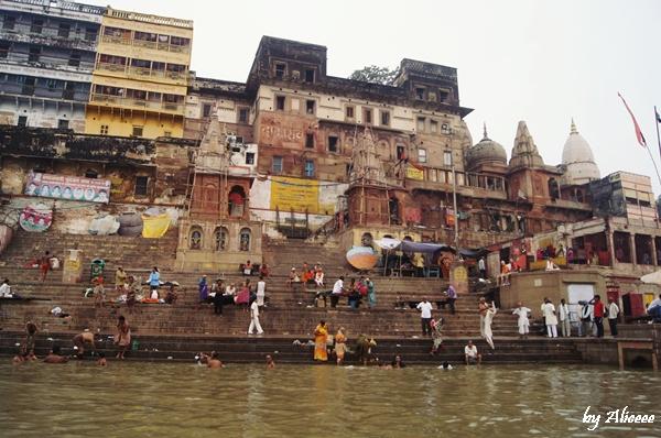 Ghat-India-Varanasi