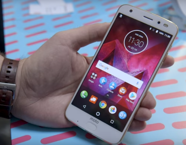 Moto Z2 Force first look specs review