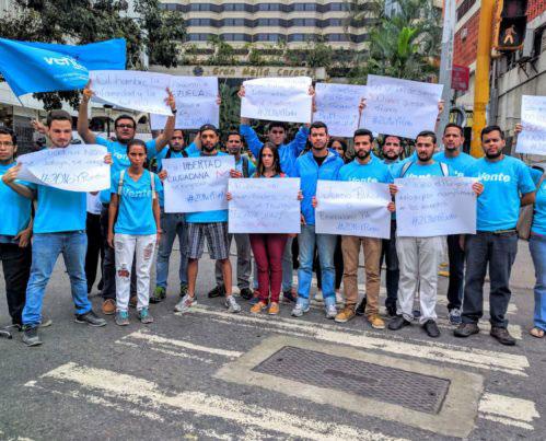 """""""Se desmovilizó al país democrático"""", la crítica de Vente Venezuela a la MUD"""