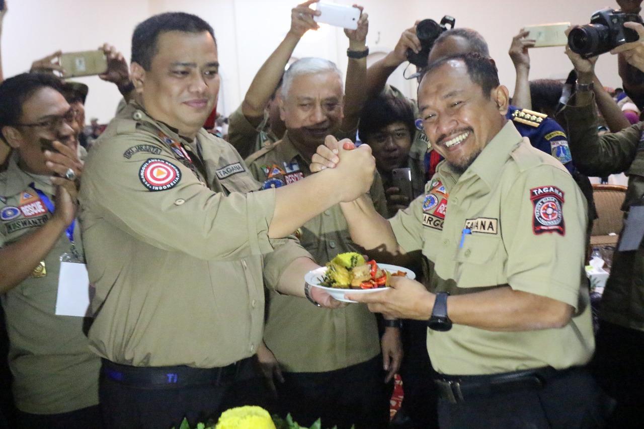 Hut Ke 14 Tagana Berikan Santunan Kursi Roda Hingga Alat Bantu Dengar Jakarta Taruna Siaga Bencana Memperingati Hari Ulang Tahun Yang Di Gedung Konvensi Taman Makan Pahlawan Kalibata Selatan
