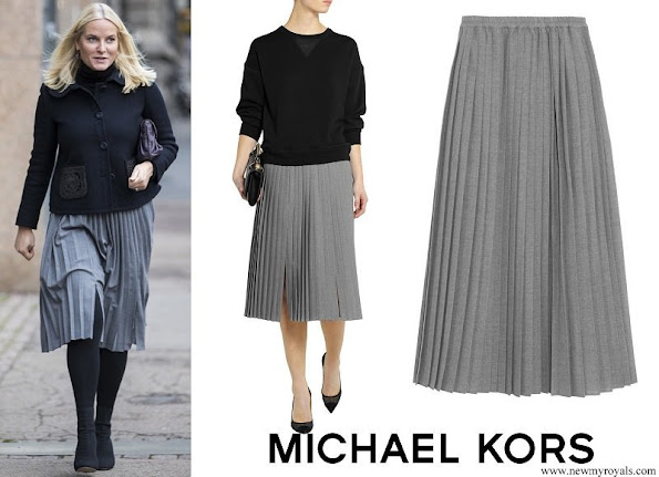 Crown Princess Mette-Marit wore Michael Kors Pleated wool-crepe midi skirt
