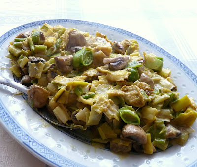 Leeks & Mushrooms in Saffron Cream