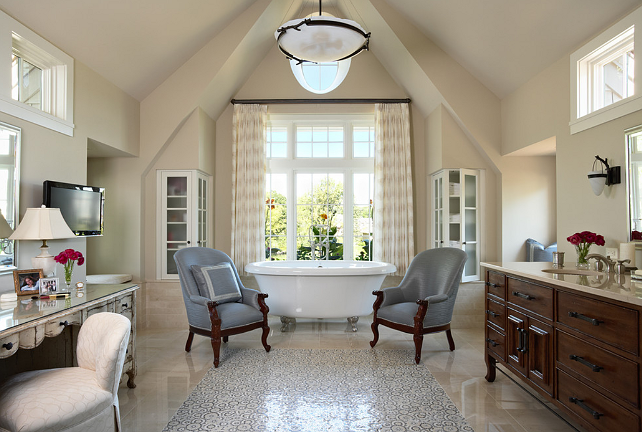 New Home Interior Design: Traditional Lake House