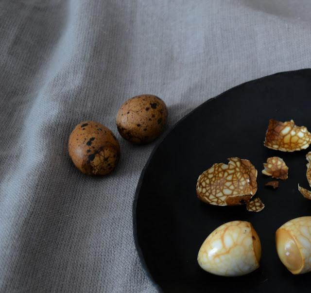 tea_marbled_quail_eggs2