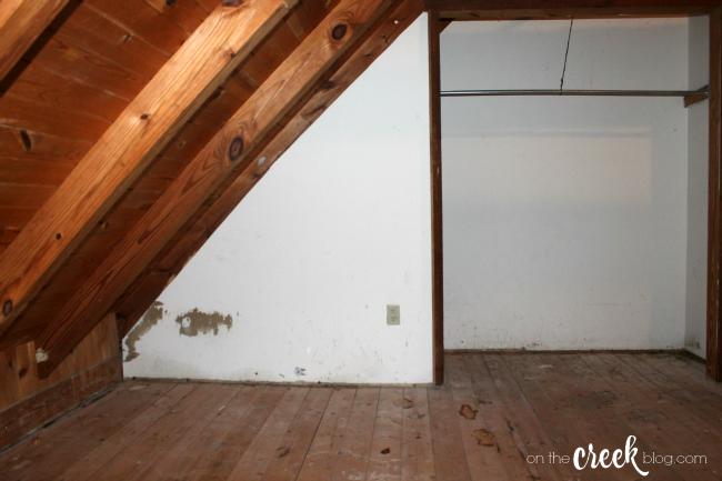cabin loft bedroom before