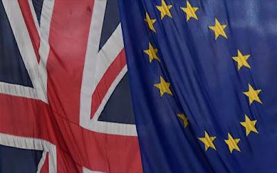 Αδιέξοδο: Διακόπηκαν οι συζητήσεις για το brexit, εν μέσω έντασης
