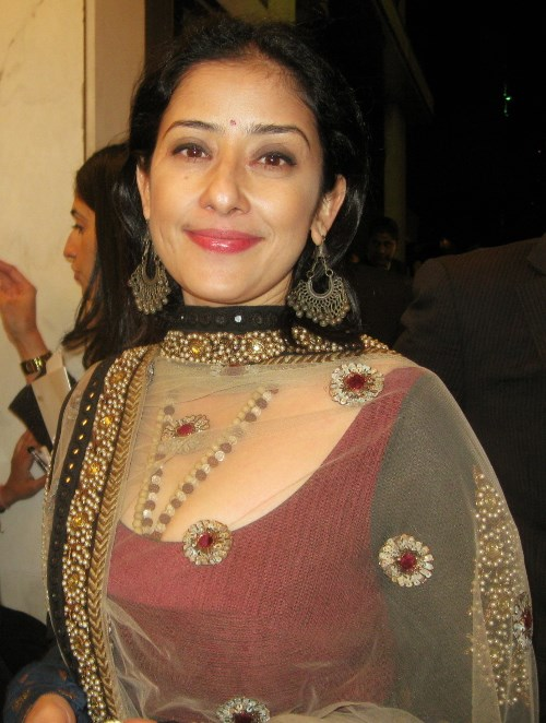 bollywood-actress-manisha-koirala-then-and-now