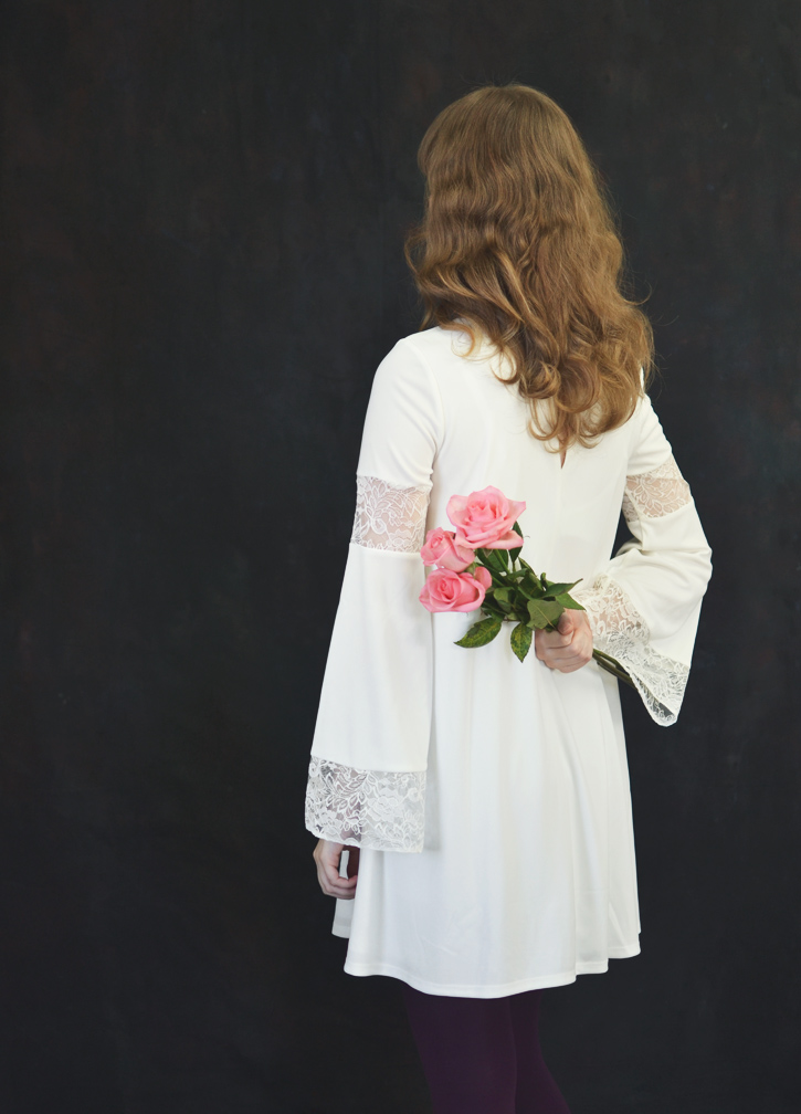 The Flying Clubhouse: Three Pink Roses   spring outfit
