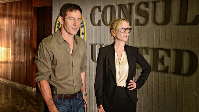 Dig. Peter. Lynn serie jason isaacs usa network