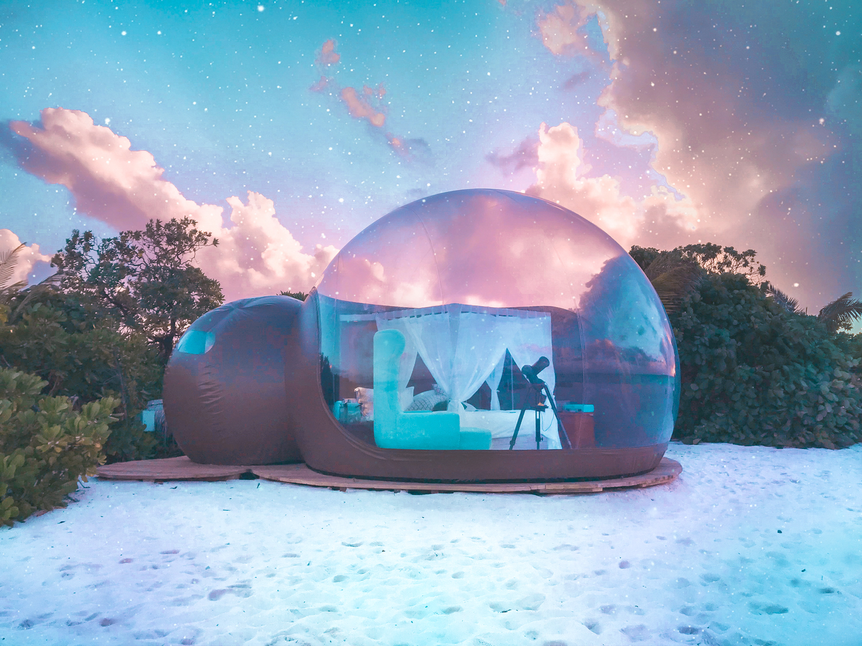 Finolhu bubble tent