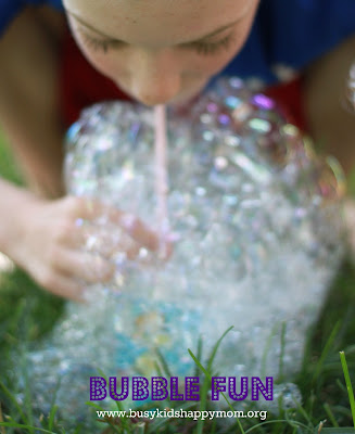 Giant bubble recipe for loads of summer fun.