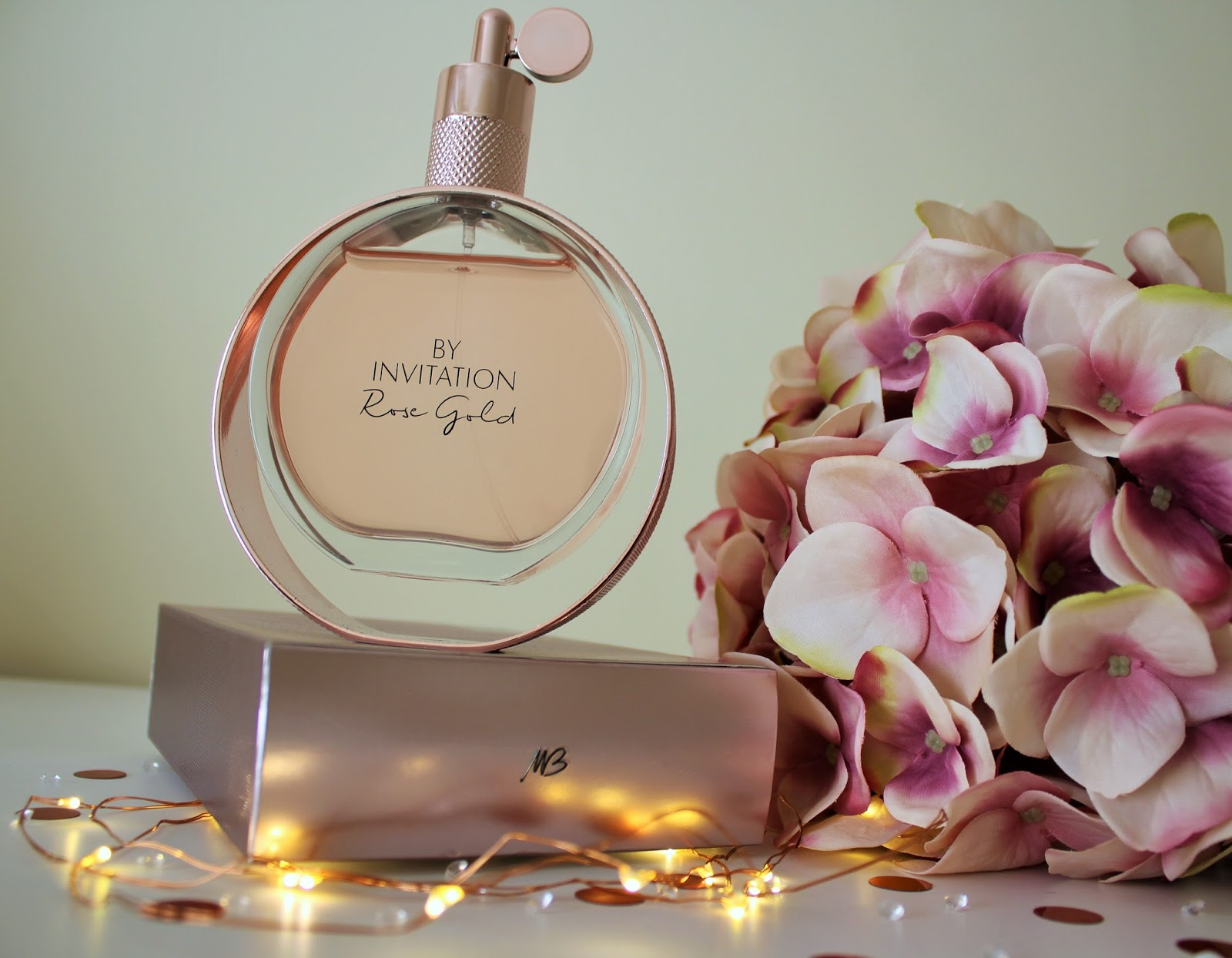 Michael Buble By Invitation Rose Gold Perfume Review - 3