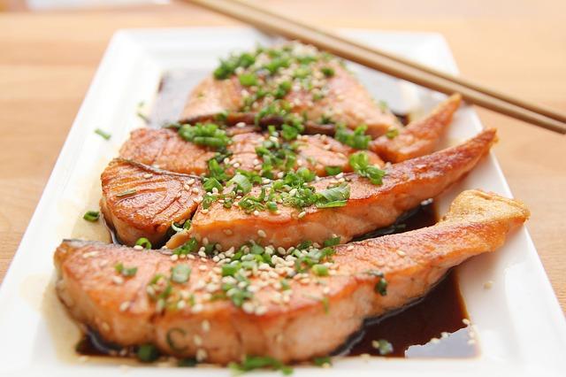 Cara Memarinasi Fillet Ikan Salmon