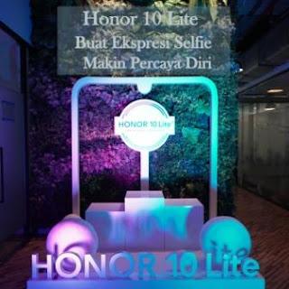 honor-10-lite-buat-ekspresi-selfie-makin-percaya-diri