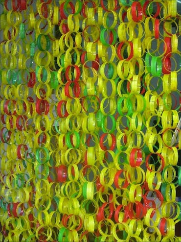 Making Curtains Of Plastic Bottles Simple Steps And
