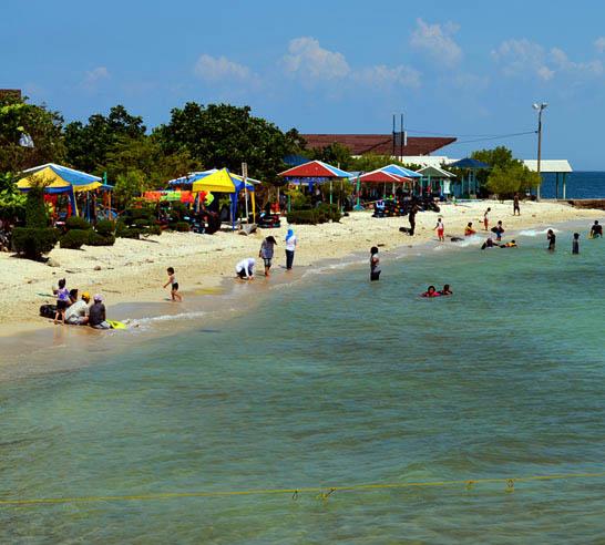 Daya tarik Laut Pulau Untung Jawa