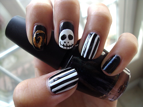 nail and art Halloween Nail Art