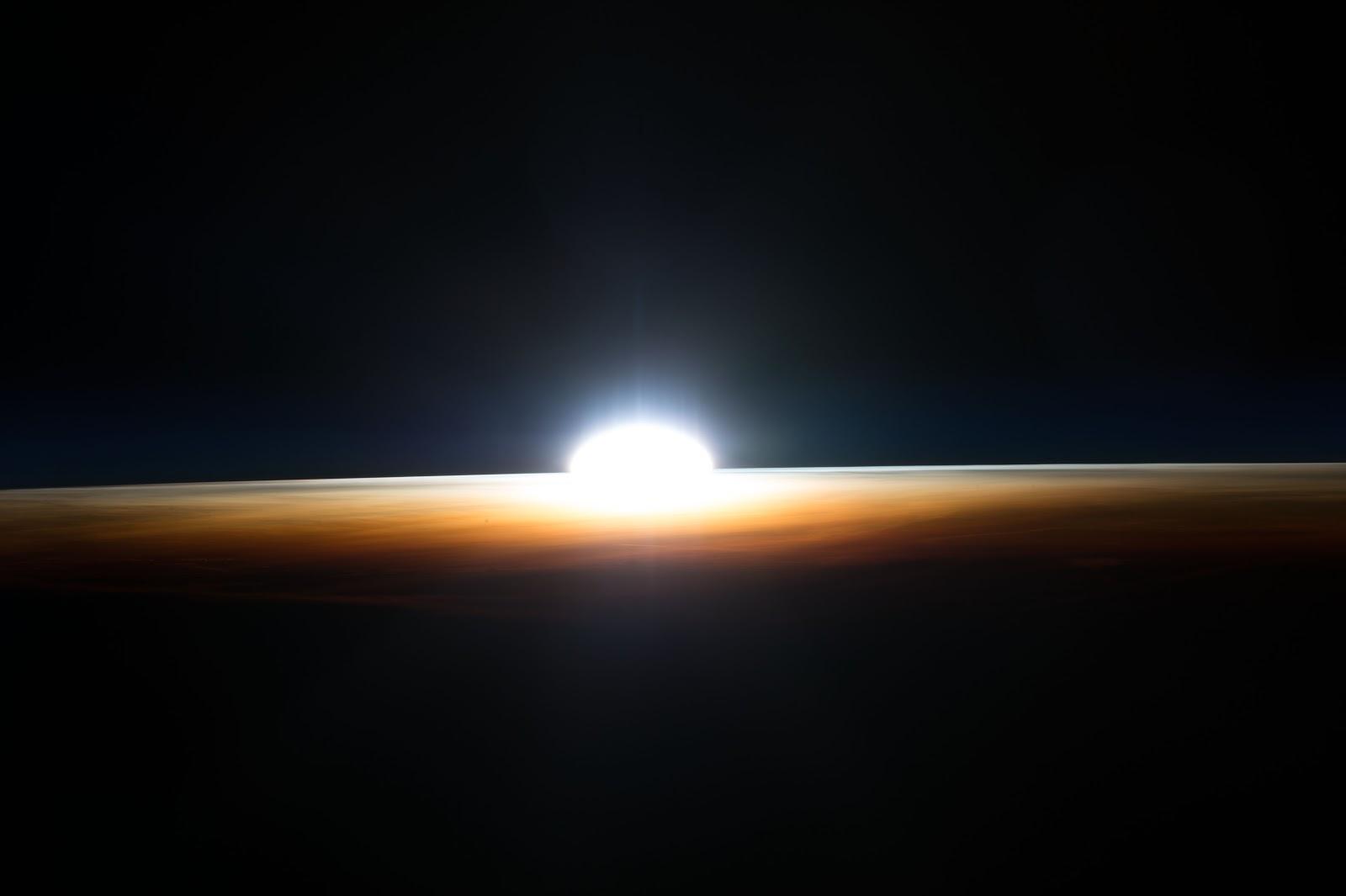 sunrise from international space station - photo #38