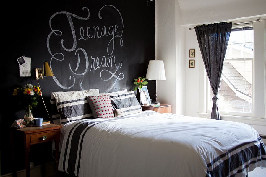 mientras que algunos propietarios prefieren dejar la pared pizarra en el dormitorio en gran parte intacta y darle un toque ms curada ambiente refinado - Pared De Pizarra