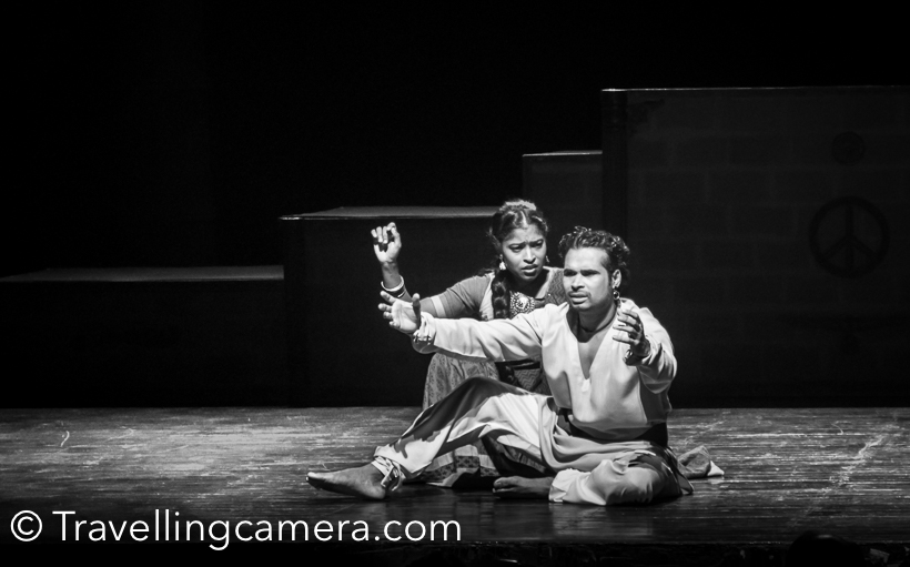After 'Tajmahal ka Tender, we planned to visit NSD Summer Theatre festival last weekend for 'Ghazab Teri Adaa'. The action of play takes place in imaginary time and place which revolves arounf the never ending aspiration for the expansion of the kingdom and is the constant battle for the continuous fights in the battle field. A beautiful play which engages audience through musical commentary on aftermaths of war. It's not only about musical commentary but a good mix of humor and emotions.The play begins with the farewell address to soldiers for 100th warEverybody assembles to bid farewell to soldiers. Women happily send away their husband and sons being unaware about the brutal consequences of war.  I don't want to disclose the story here, and encourage you to visit National School of Drama to see this play, when it's showcased again.Women of the kingdom came together and planned to make soldiers & kind aware of human values. Idea was to discourage wars.When soldiers came back from the war, each lady in the region declined to have any physical intimacy. Some humorous scenes take the story forward.This play is directed by Dr Waman Kendre, who joined NSD as Director in 2013. Prior to joining NSD, Waman Kendre served as Professor and Director of Academy of Theatre Arts, University of Mumbai.  Cast of the play included - Deep Kumar as King, Manish Kumar as Pradhan. Soldiers include - Abdul Kadir Shah, Raju Roy, Akhil Pratap Gautam, Jaganath Seth, Mohan Lal Sagar, Raghavendra Pratap Singh, Shahnawaz Khan, Vipan Kumar, Basu Soni, Naresh Kumar.Annapurna Soni as laya, Chorus by Annapurna Soni, Reena Saini, Anamika Sagar, Ankita Gusain, Aparajita Dey, Sampa Mandal, Shruti Mishra.Abla - Vandana Sharma, Sonal, Shilpa VermaRani - SonalDasi - Ankita Gusain