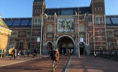 Μουσείο Rijksmuseum: «Ντροπή που δεν επιστρέψαμε ήδη τα κλεμμένα αντικείμενα»