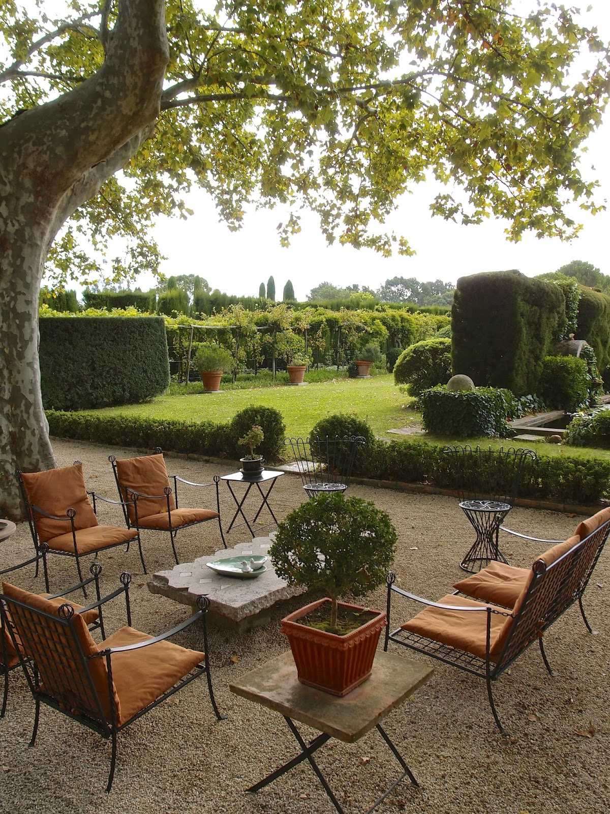 LA DOLCE VITA CALIFORNIA: Big Game Hunting in Provence ... on Country Patio Ideas id=16501