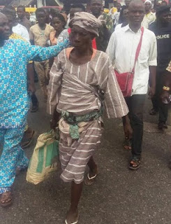 , Read Why Police Released Old Woman Who was Carrying A dead Baby, Latest Nigeria News, Daily Devotionals & Celebrity Gossips - Chidispalace
