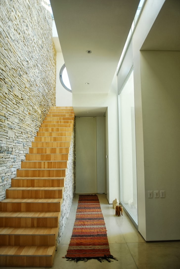 Stairs in Modern Agua House by Barrionuevo Sierchuk Arquitectas