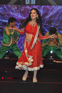 Bollywood Actress Model Sunny Leone Dance Performance in Red Half Saree at Rogue Audio Launch 13 March 2017  0193.jpg