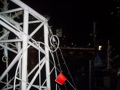 堂島川に面した福島港(ほたるまち港)
