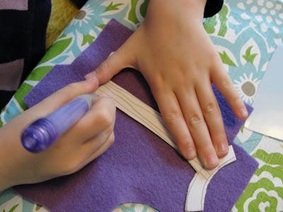 tracing felt doll clothing