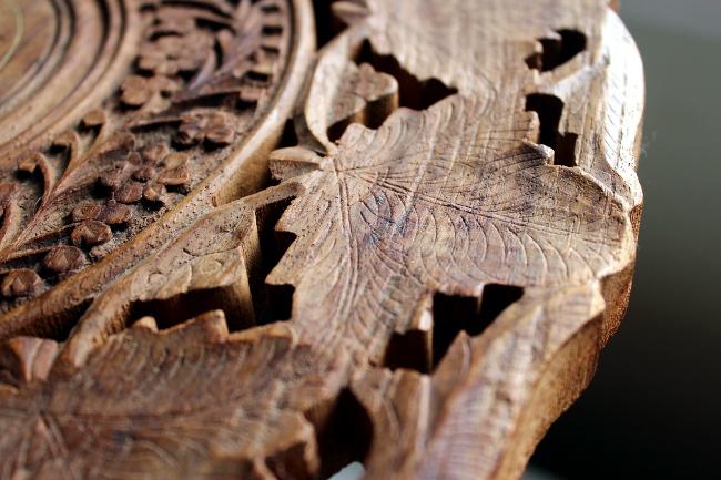 carved wood leaf table india