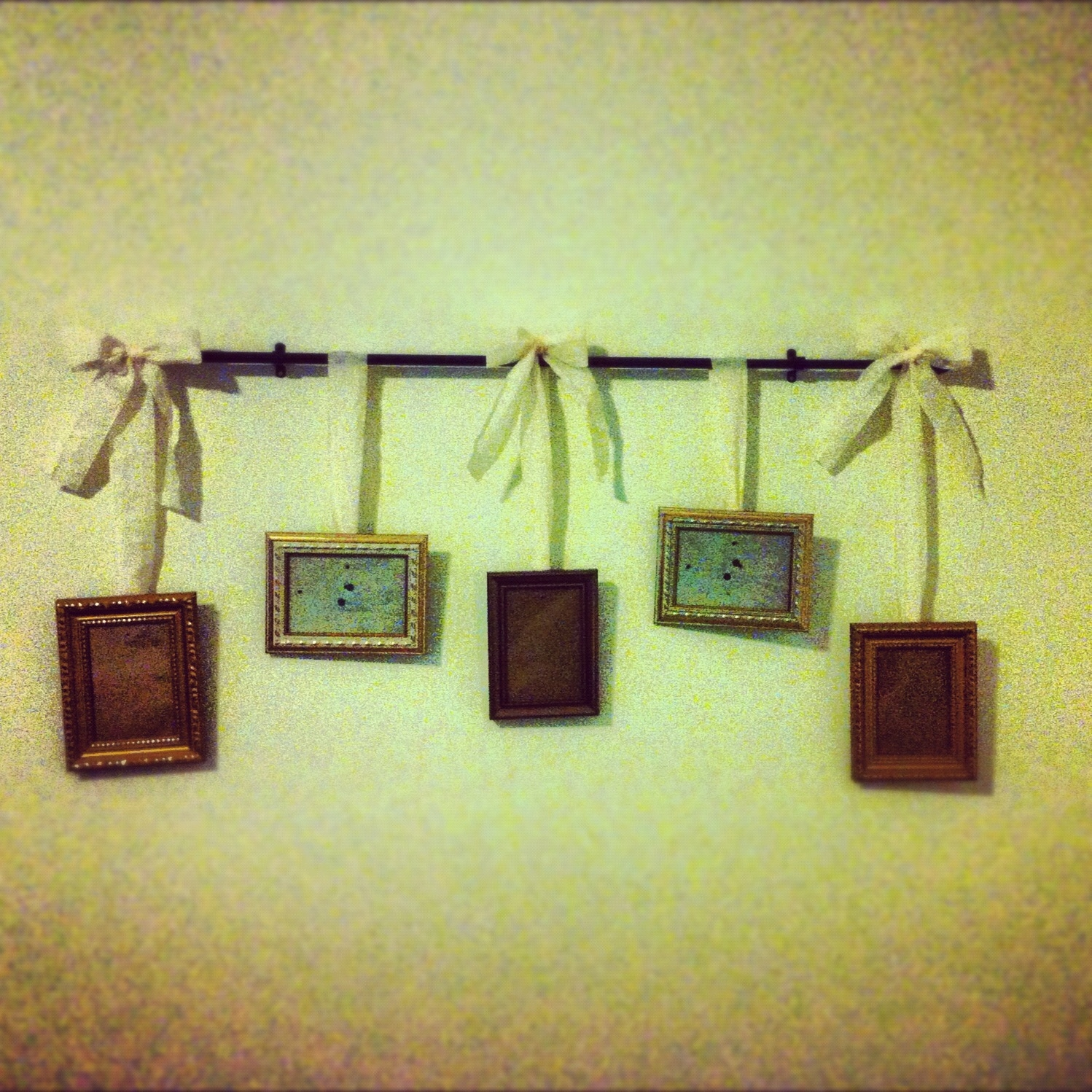 The NJ Report: 1st DIY Attempt: Hanging Picture Frames