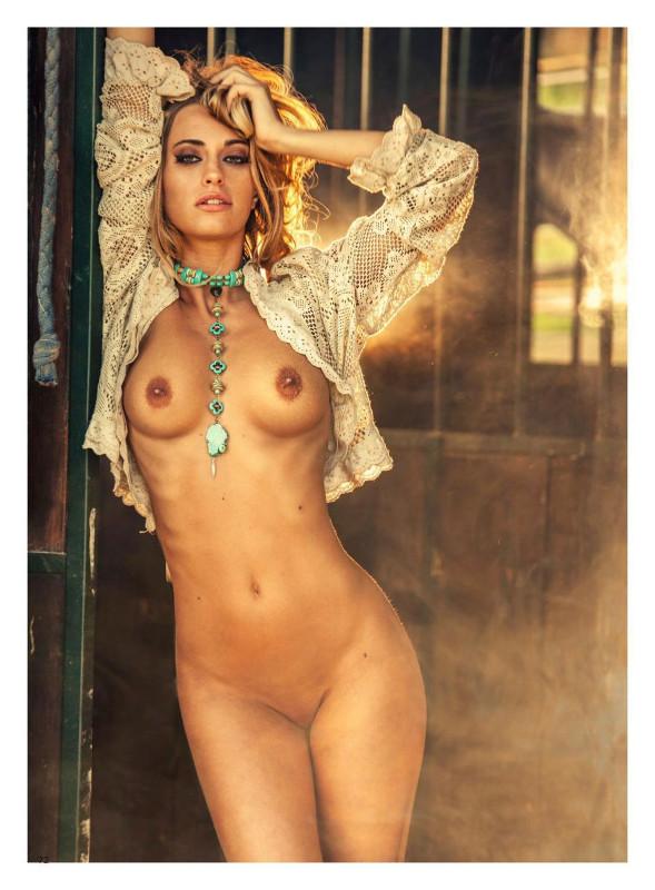 Fotos de Giada Sciortino toda nua pelada na Playboy Itália