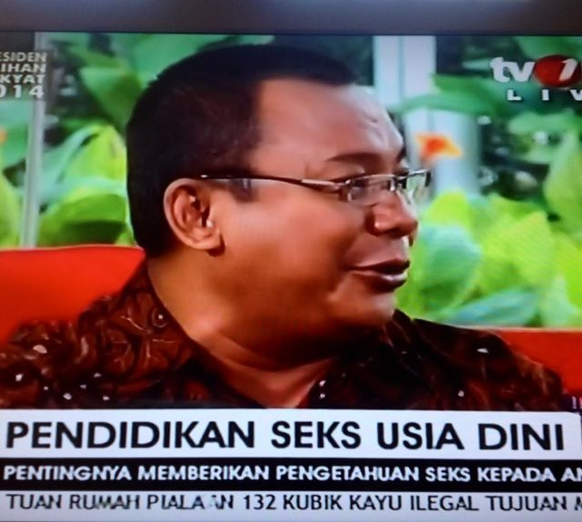 Ayah Edy di TV One