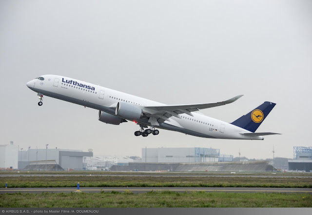 Airbus A350-900 XWB - Lufthansa F-WZNC