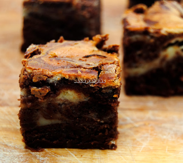 Brownies de Chocolate y Queso Mascarpone a la Naranja